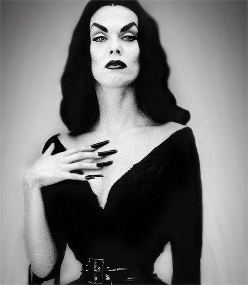 vampira-tall